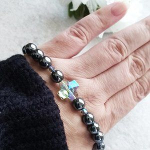 Understated Elegance w. a Touch of Bling: Hematite